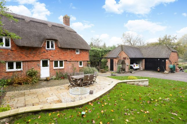 Thumbnail Cottage to rent in River Hill, Binsted, Alton