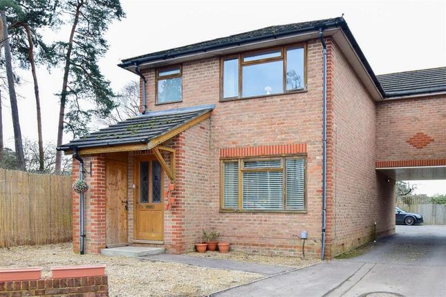 Thumbnail Semi-detached house for sale in Horsham Road, West Green, Crawley, West Sussex