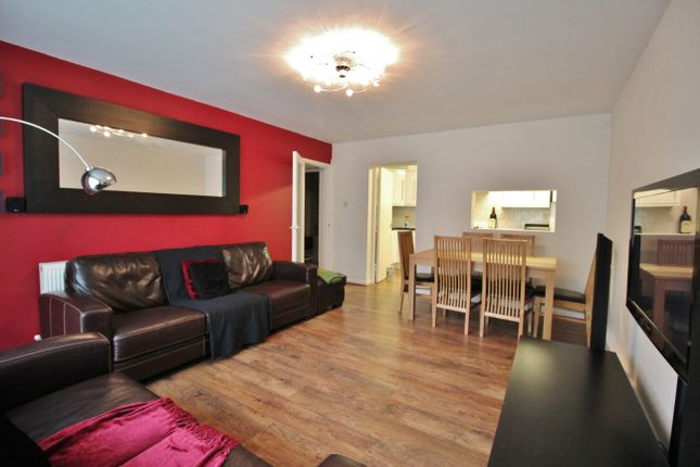 Thumbnail Flat for sale in Beaufort Court, Somerset Road, New Barnet