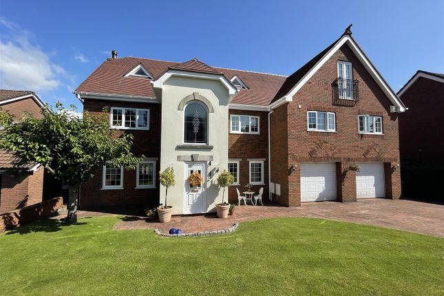 Detached house for sale in Rhiw Farm Crescent, Crumlin, Newport