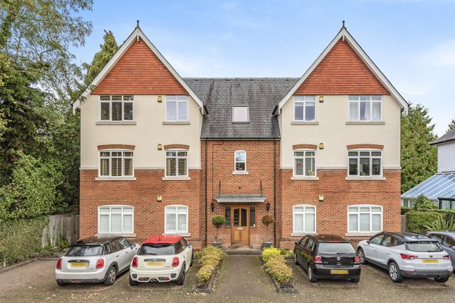2 bed flat for sale in Ashley Road, Walton-On-Thames KT12