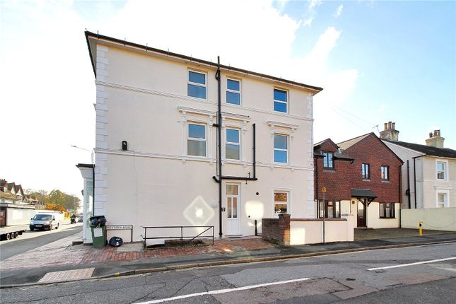 Thumbnail Property to rent in London Road, Southborough, Tunbridge Wells, Kent