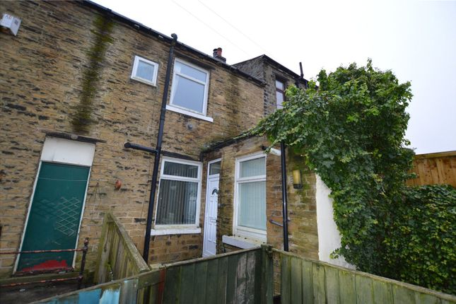Picture No. 01 of Fagley Road, Bradford, West Yorkshire BD2