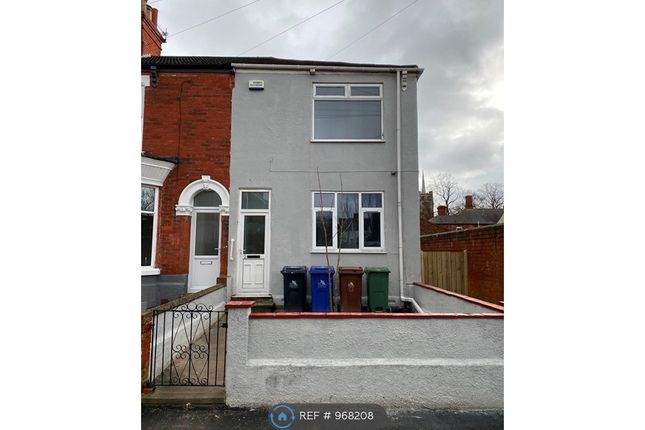 3 bed terraced house to rent in Hare Street, Grimsby DN32