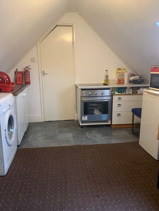 Studio to rent in East Road, Chadwell Heath, Romford RM6