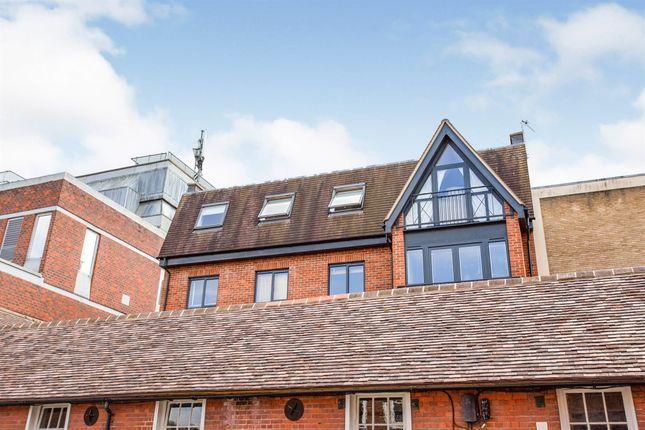 2 bed flat for sale in Scots Lane, Salisbury SP1