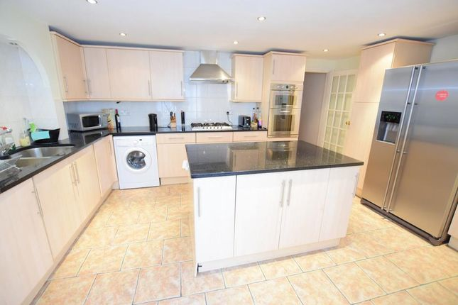 Thumbnail Terraced house to rent in Faunce Street, London