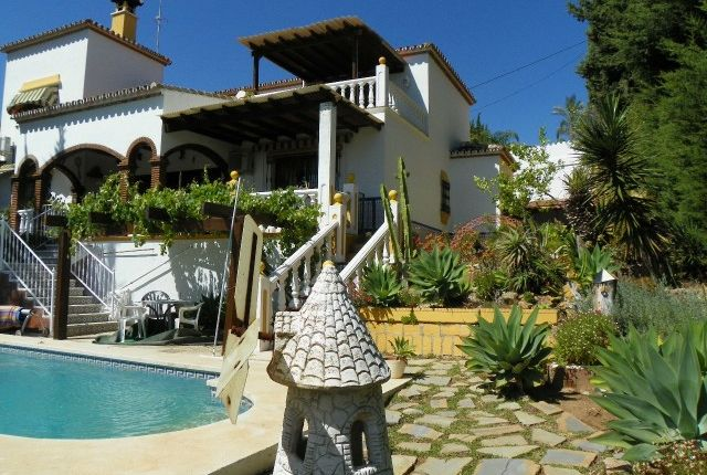 House And Pool of Spain, Málaga, Fuengirola, La Sierrezuela