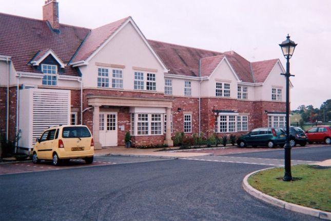 Thumbnail Flat for sale in Brampton View, Northampton