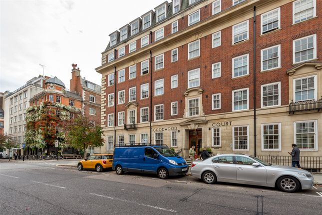 Picture No. 13 of Goodwood Court, 54-57 Devonshire Street, London W1W