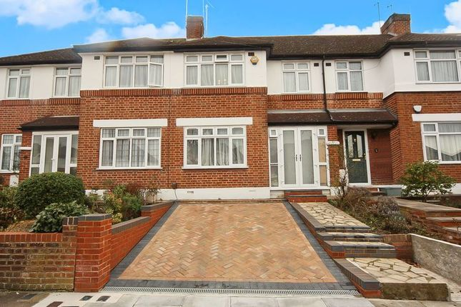 Terraced house in  Rugby Avenue  Greenford  Watford