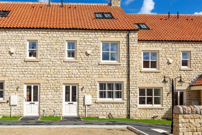Thumbnail Terraced house to rent in Black Swan Yard, Helmsley, York, North Yorkshire