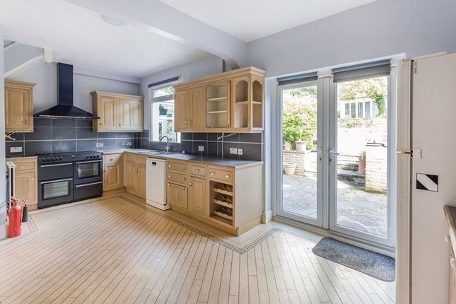 Thumbnail Detached house to rent in Purley Oaks Road, Sanderstead, South Croydon