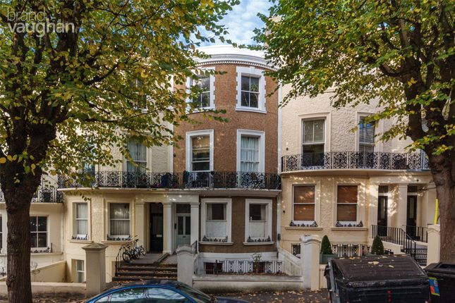 2 bed flat to rent in Brunswick Road, Hove, East Sussex BN3
