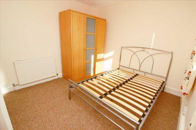 Bedroom 2 of Dale Avenue, Edgware HA8