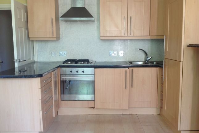 2 bed flat to rent in 4 Normanton Avenue, Sefton Park, Liverpool