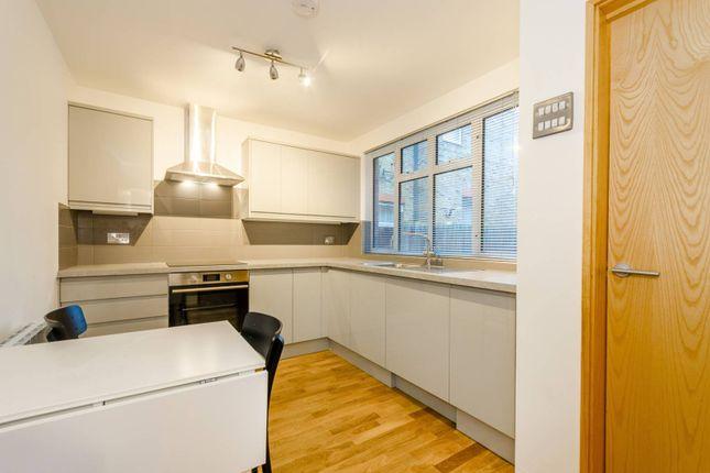 Thumbnail Flat to rent in Carnarvon Road, Stratford