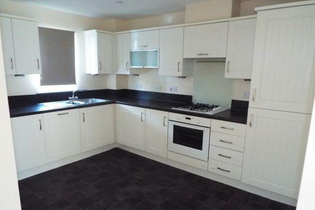 Thumbnail Flat to rent in Samuel Drive, Kemsley, Sittingbourne
