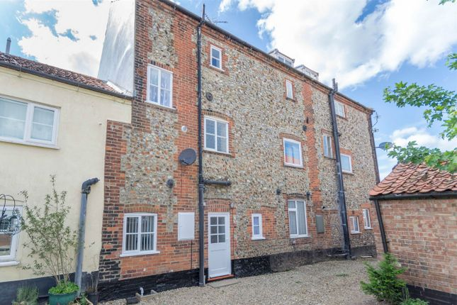 Thumbnail Terraced house for sale in Tunn Street, Fakenham