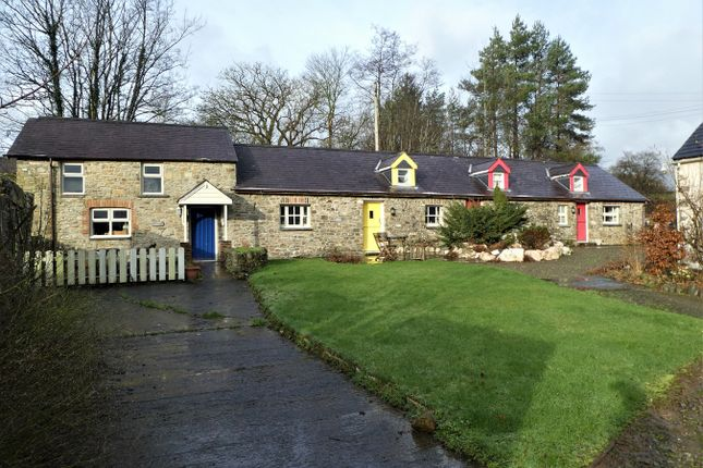 Thumbnail Detached house for sale in Talgarreg, Llandysul