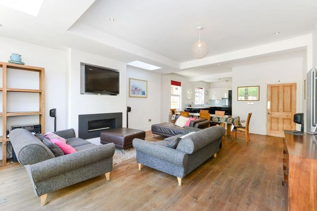 Thumbnail Semi-detached house to rent in Clovelly Road, Ealing