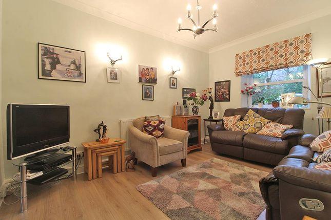 Living Room of Kent Road, Harrogate HG1