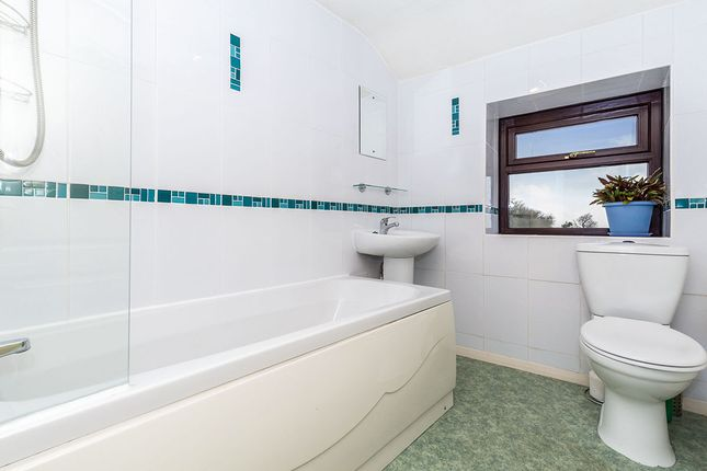Bathroom of Top O'th Lane, Brindle, Chorley, Lancashire PR6