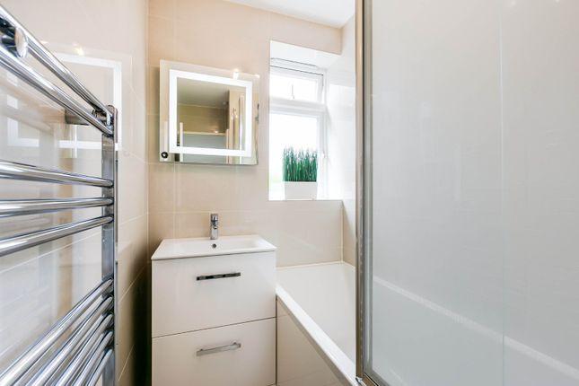 Bathroom of Scrutton Close, London SW12