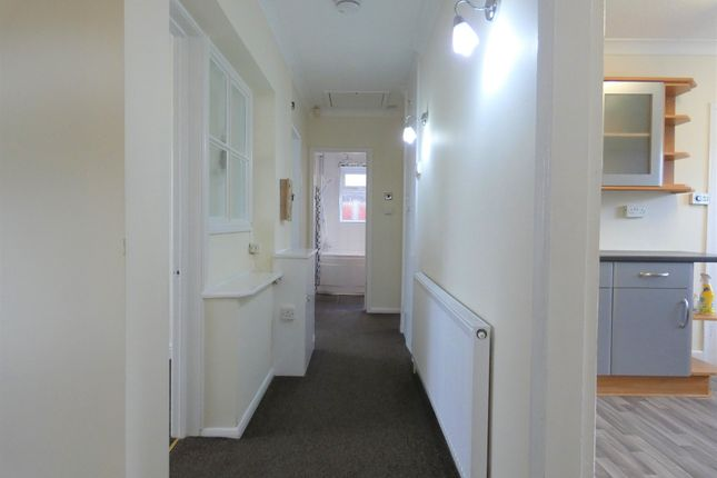 Entrance Hallway of Sunnyfield Close, Off Davenport Road, Goodwood LE5