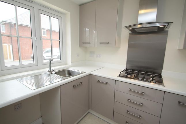 Kitchen of Parks Close, Hartford, Northwich CW8