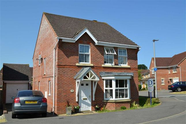 Thumbnail Detached house to rent in Cowslip Crescent, Thatcham