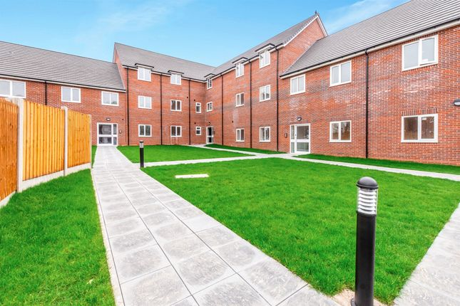 Thumbnail Flat for sale in Cavalcade Close, Willenhall