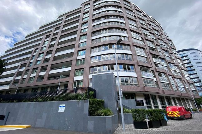 Thumbnail Flat for sale in Sophora House, 342 Queenstown Road