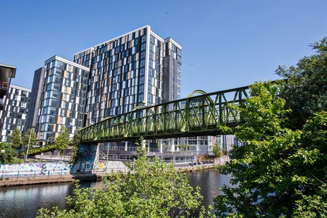 Thumbnail Flat for sale in Downtown, 9 Woden Street, Salford