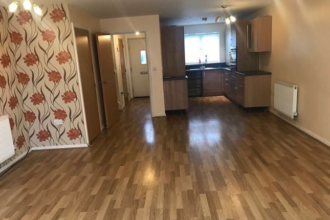 Thumbnail Terraced house to rent in Craigen Gardens, Ilford