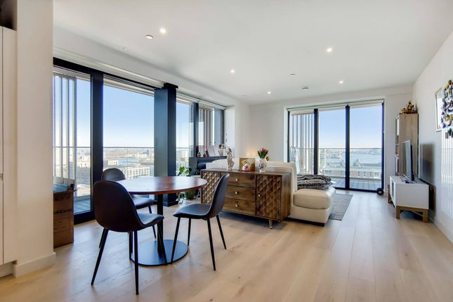 Thumbnail Flat for sale in Bonnet Street, Canning Town, London