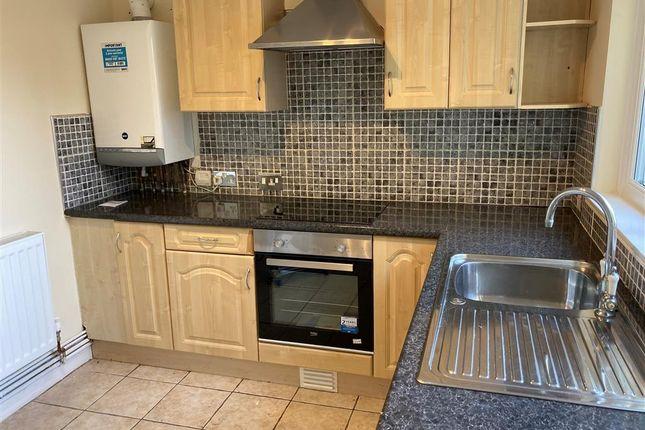 1 bed flat to rent in Gwaelodygarth, Merthyr Tydfil CF47