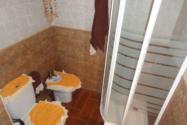 2 bed bungalow for sale in Playa De Las Americas, Virginia, Spain