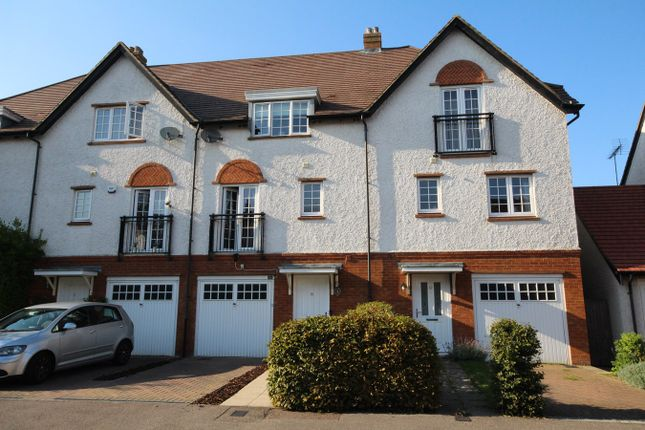 Thumbnail Town house for sale in Wissen Drive, Letchworth Garden City