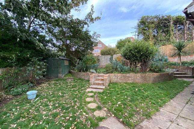 Garden of Willow Close, Brighton BN2