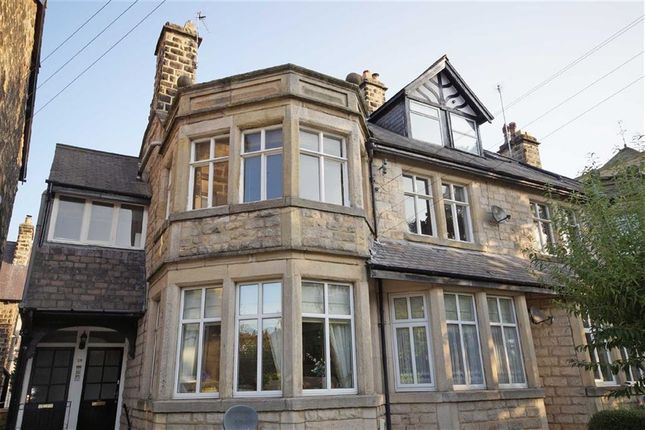Thumbnail Flat to rent in West Cliffe Grove, Harrogate, North Yorkshire