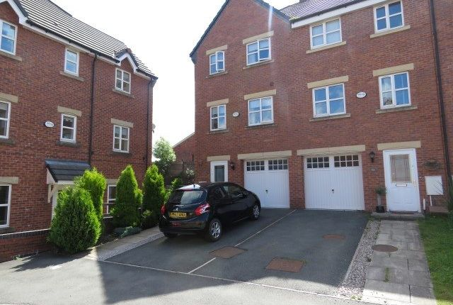 Thumbnail Town house for sale in Sweet Briar Close, Clayton-Le-Moors, Accrington