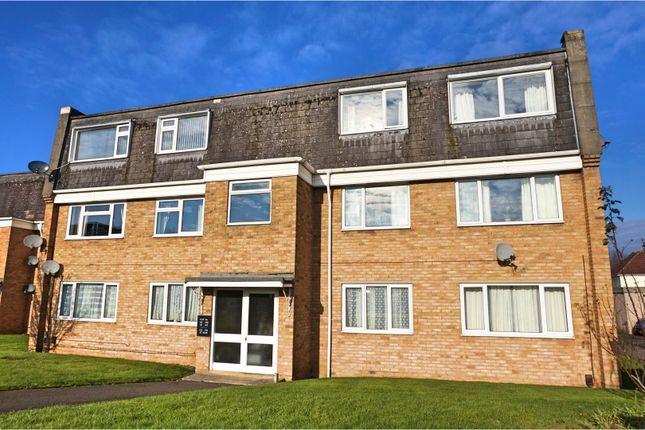 Thumbnail Flat for sale in Helmsdale, Swindon