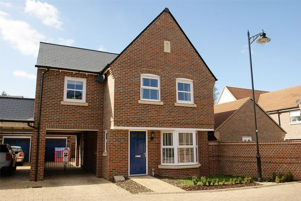 Thumbnail Link-detached house for sale in Tucker Close, Stansted