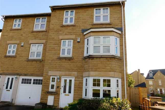 Thumbnail Town house to rent in The Grange, Woolley Edge, Barnsley