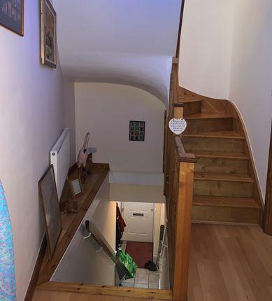 1st Floor WC / Cloakroom