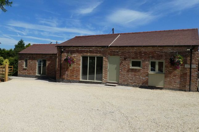 Thumbnail Barn conversion to rent in Offchurch Road, Hunningham, Leamington Spa