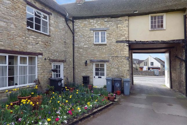 Thumbnail Terraced house to rent in High Street, Witney, Oxfordshire