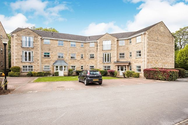 Thumbnail Flat for sale in Fearnley Croft, Gomersal, Cleckheaton, West Yorkshire