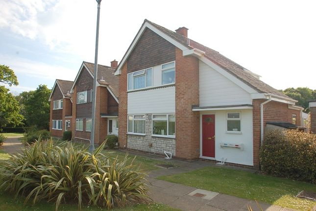 Thumbnail Detached house for sale in Hamilton Grove, Peel Common, Gosport
